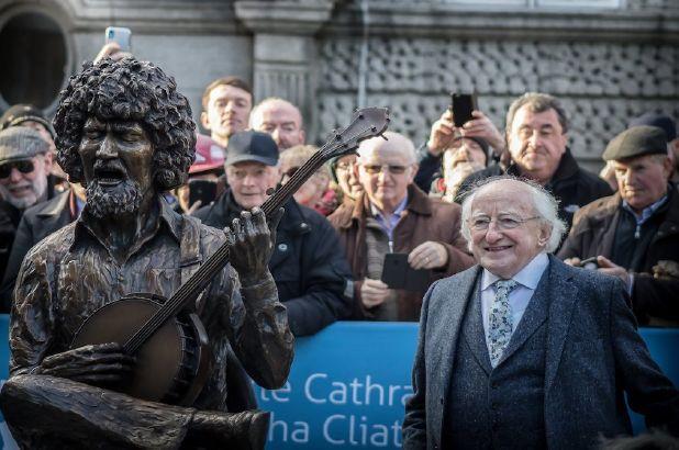 Luke Kelly i Prezydent Irlandii