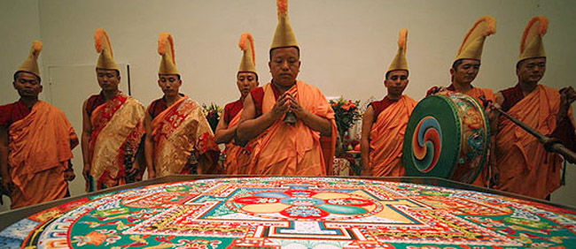 Mnisi tybetańscy