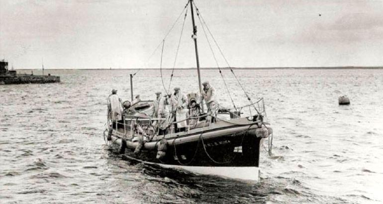 RNLI lifeboat Mona