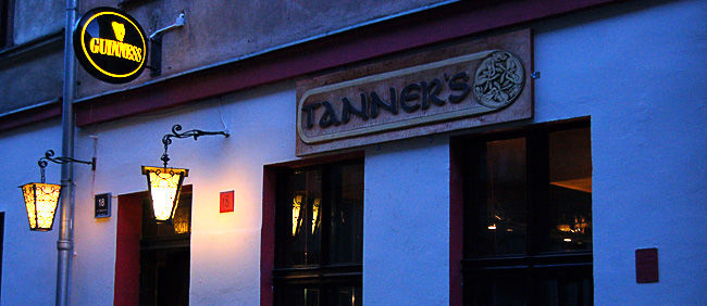 Tanner's Irish Pub