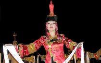 Tuvińska tancerka